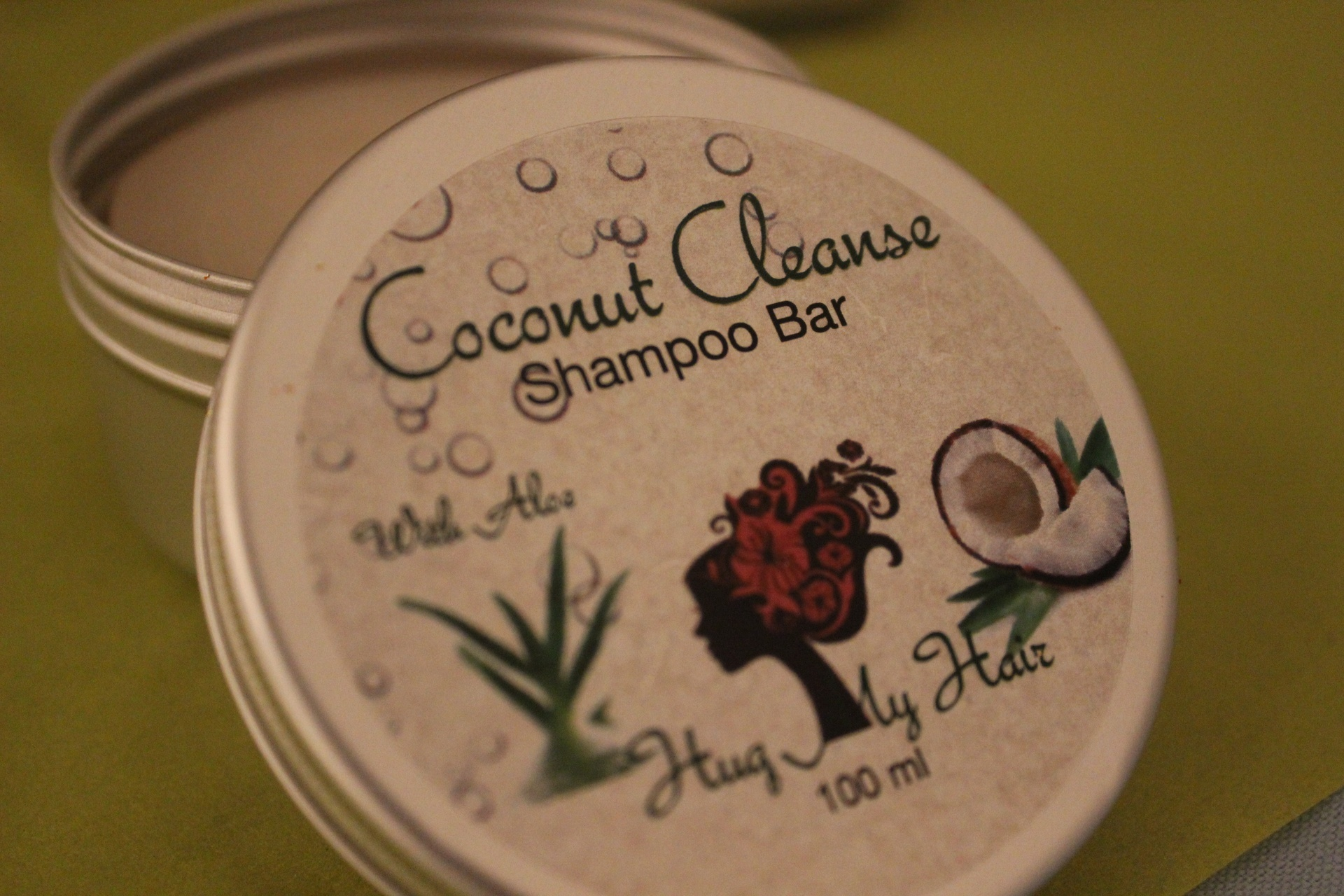 Hug My Hair Coconut Cleanse Shampoo Bar