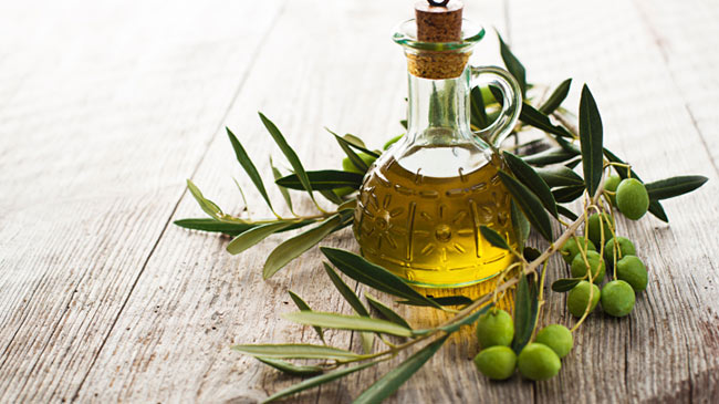OLIVE-oil-for-hair-650x365.jpg