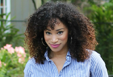 Top 10 Curly Hairstyles Good Enough for Work
