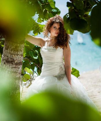 curly hair bride