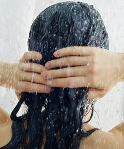 Should You Wash Your Hair Hot or Cold