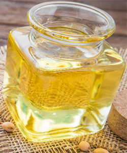 The Benefits of Soybean Oil for Hair