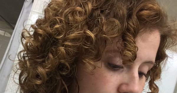 How To Make Naturally Curly Hair Wavy
