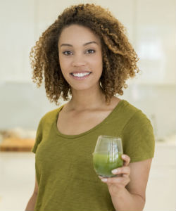 13 Amazing Reasons Why You Should Be Drinking Wheatgrass Everyday