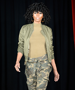 Design Essentials Declares Defiant War on Dry Hair at Texture on the Runway