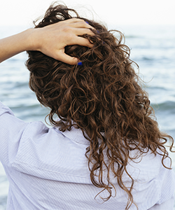 The Pros & Cons of Benzophenone-4: Sunscreen for Your Hair
