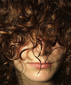 How to Successfully Use A Conditioner As a Styler