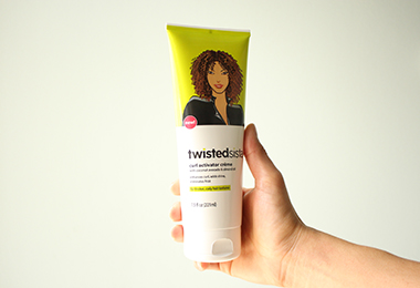 I Tested a Curl Activating Crème On My Wash and Go Day: Here's What Happened