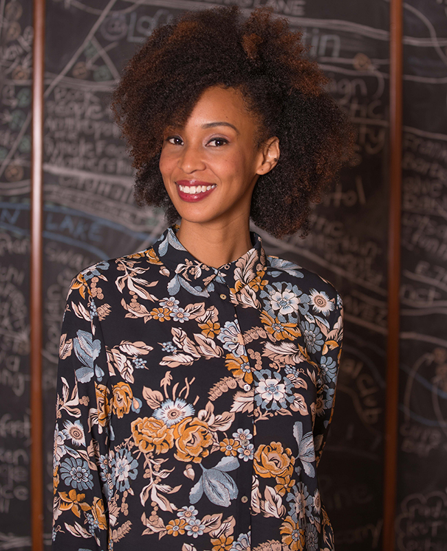 natural sew in hairstyles : Hairstyles That Prove Curly Hair is NOT Unprofessional