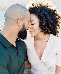 4 Thoughts Women With Natural Hair Have When Dating Someone New