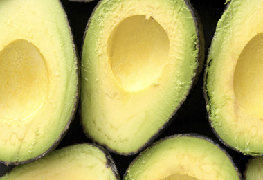 Why Avocado Oil Makes the Best Summer Hair Oil