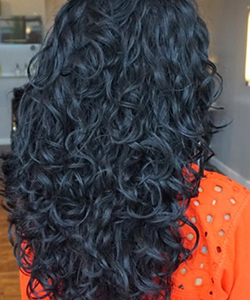How to Prevent Frizz in Type 2c Wavy Hair