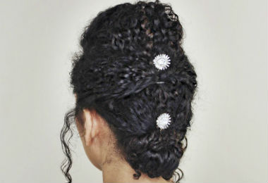 3 Stress-Free Hairstyles for Your Next Holiday Gathering