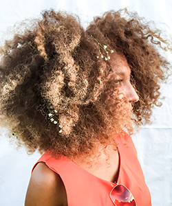 How to Get This Amazing Hair Color - And Keep Your Fluffy, Healthy Curls
