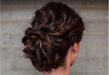10 Romantic Hairstyles for Type 2 Wavy Hair