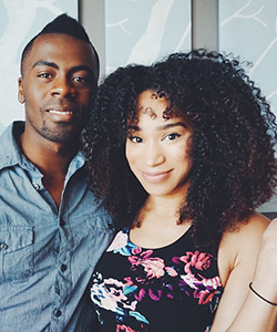 16 Telltale Signs You're Dating a Curly Girl