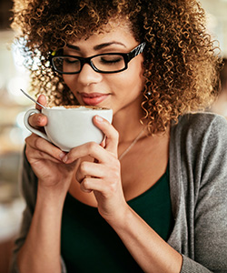 Café Every Day: Curl Care and Lifestyle Choices Inspired by Coffee